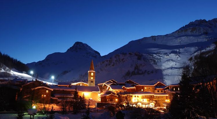 val-disere-resort-guide150x1503