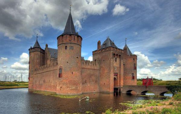 Замок Мюйдерслот