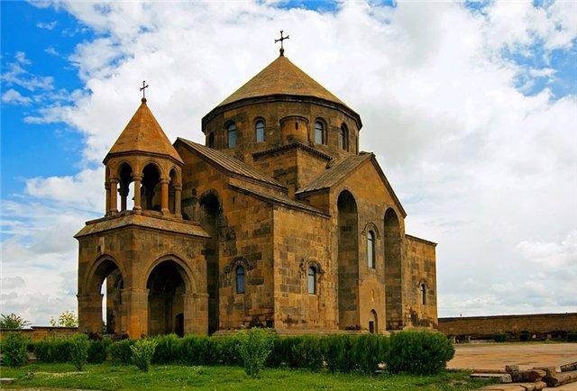 церковь Рипсимэ в Эчмиадзине