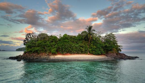 Isla de Coiba Beach